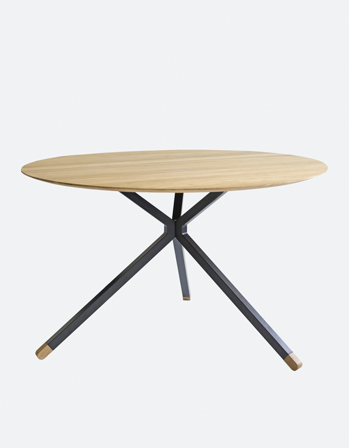 frisbee-dining-table2