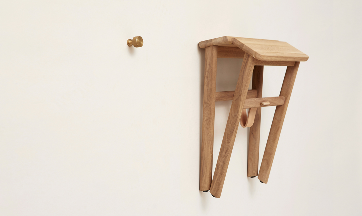 Angle-stool-formandrefine-5